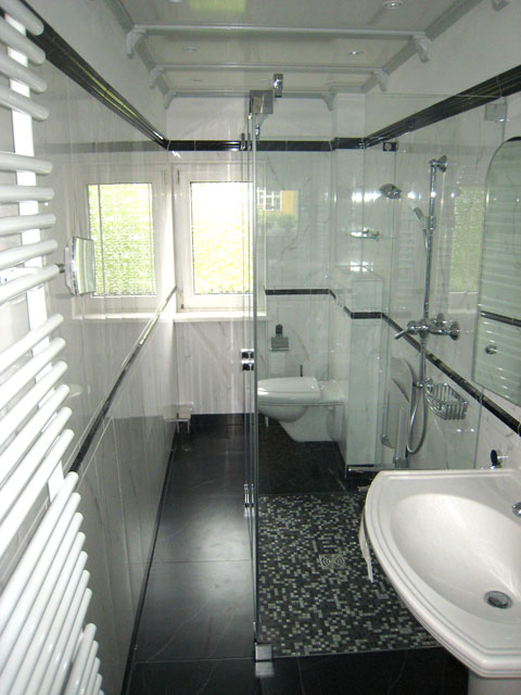 bad berlin badsanierungen badneubau behindertengerechte b der badsanierung berlin. Black Bedroom Furniture Sets. Home Design Ideas